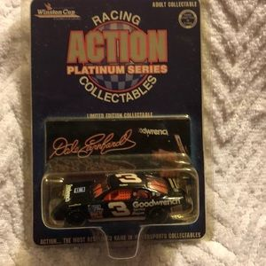 Other - 3/$33 🚙Dale Earnhardt ACTION PLATINUM SERIES